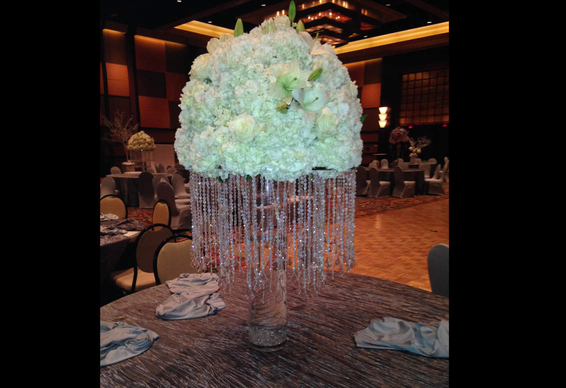 Item 39 Custom Creation Centerpieces Image