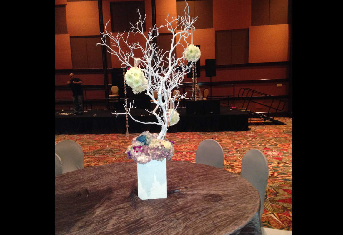Item 41 Custom Creation Centerpieces Image