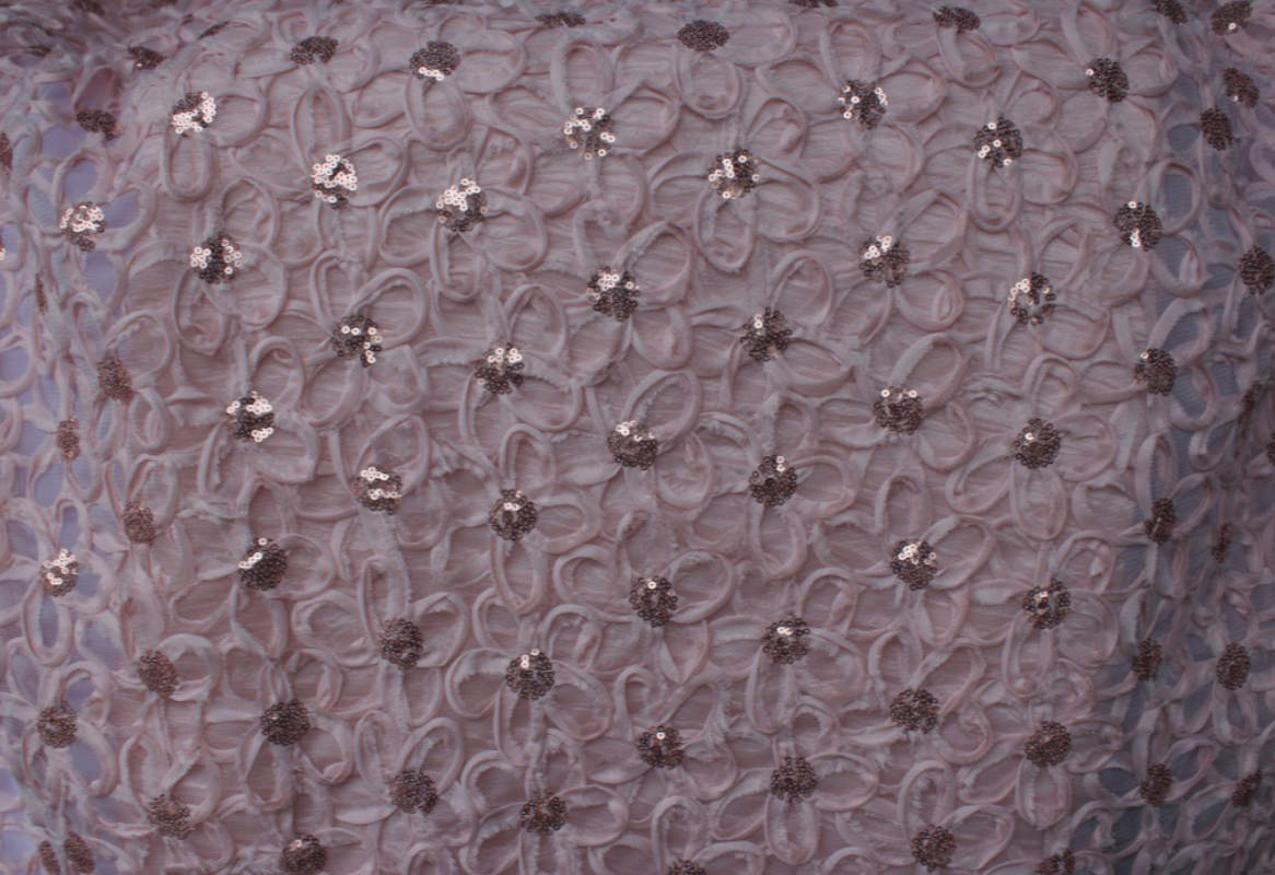 Pink Daisy Sequence Embroidery Table Cloth Image