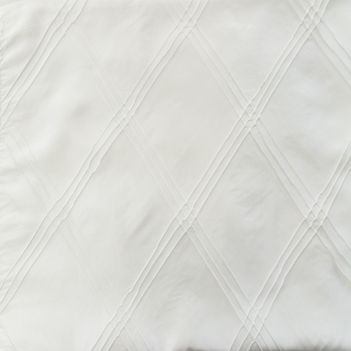 White Triple Pintuck Solid Collection Table Cloth Image
