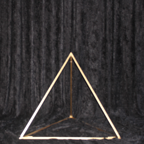 Triangle centerpiece Image